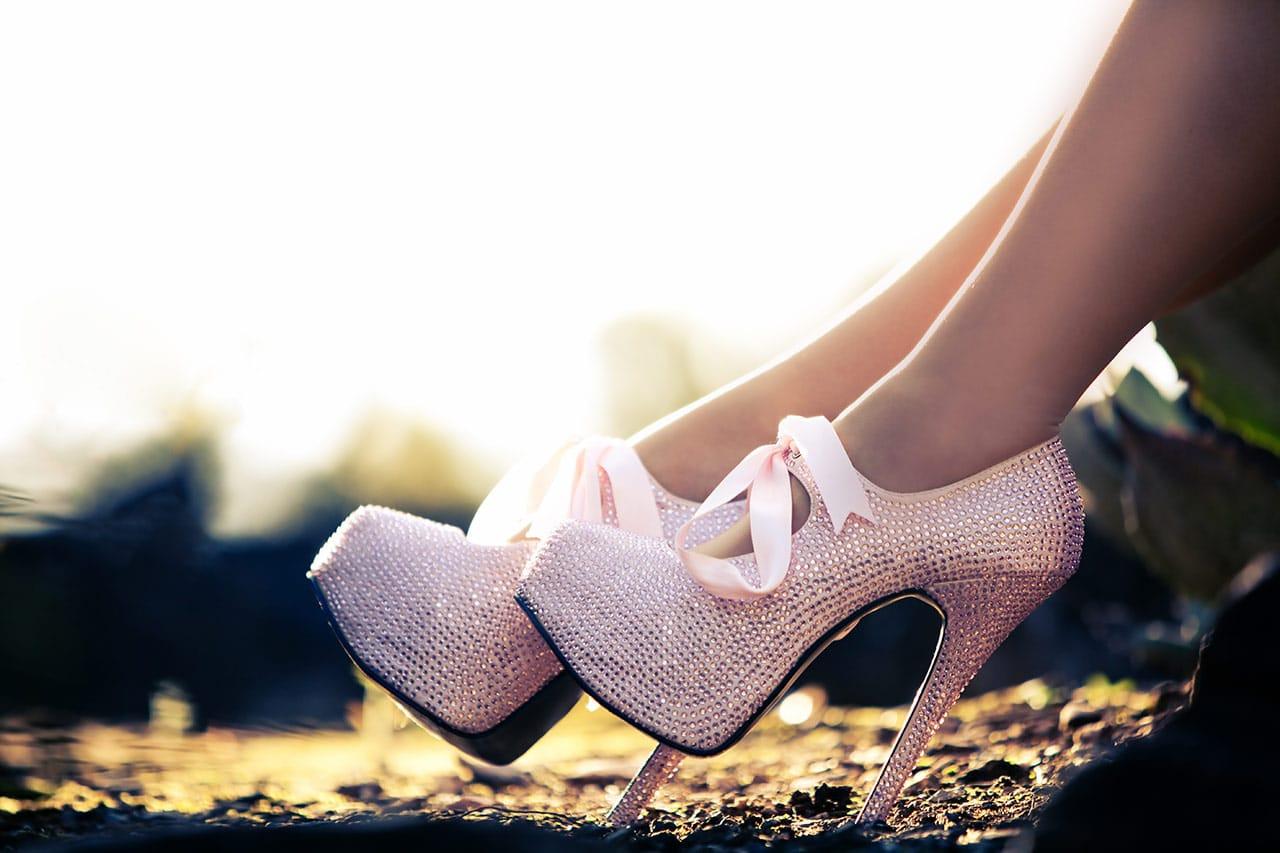 High Heels laufen lernen, hohe Absätze, hohe Schuhe, Absatzhöhe
