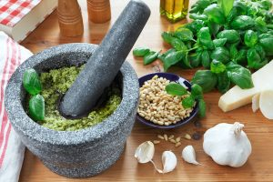 Basilikum-Pesto-Rezept, Grünes Pesto selber machen