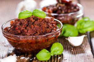 Pesto Rosso selber machen, Rotes-Pesto-Rezet