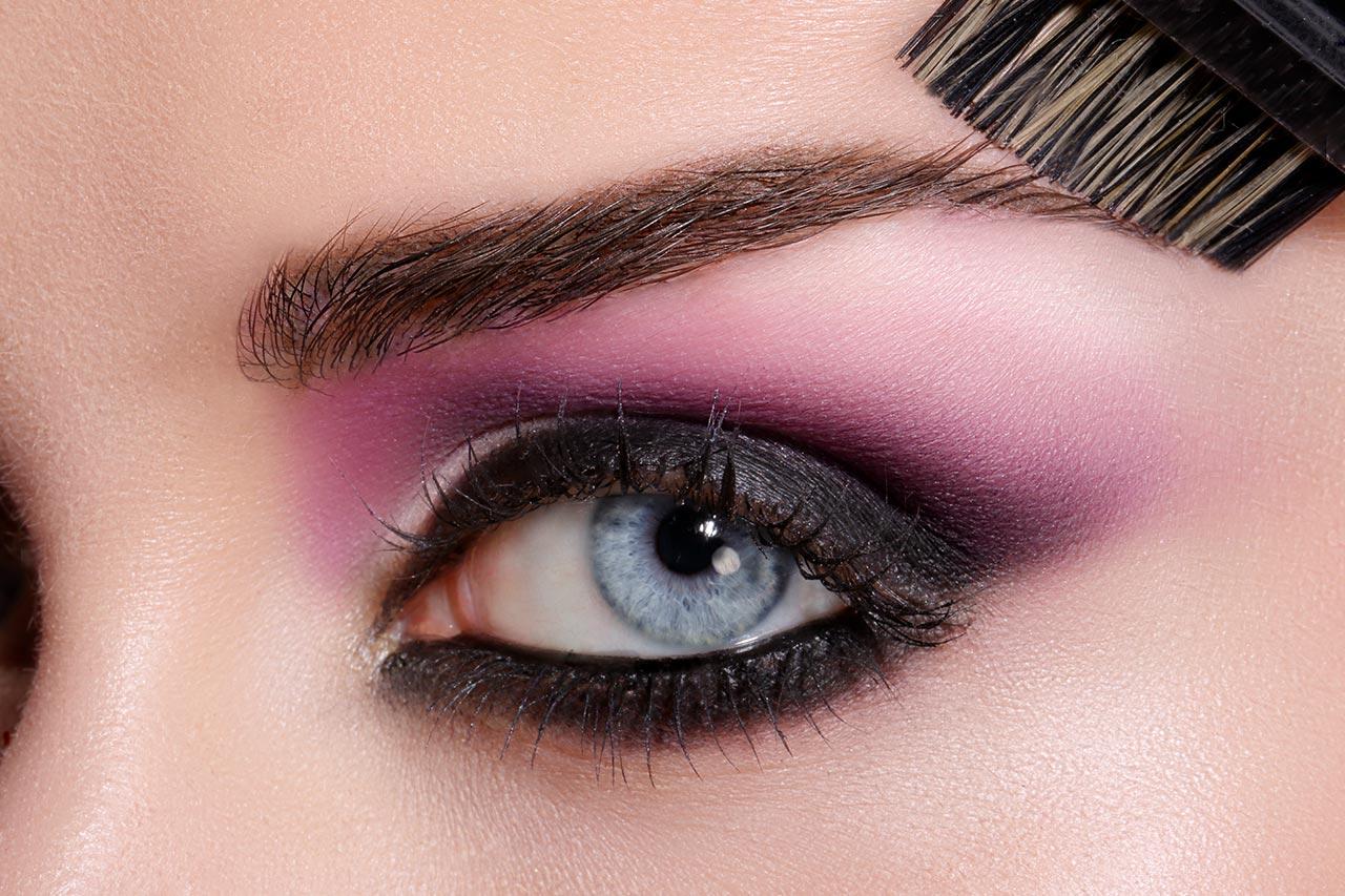 Schönes Augen Make-up, Schritt-für-Schritt Anleitung Augen schminken