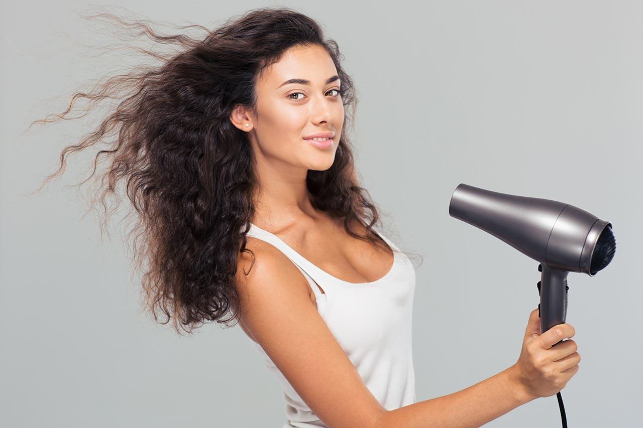 Voluminöse Haare, Volumen Ansatz