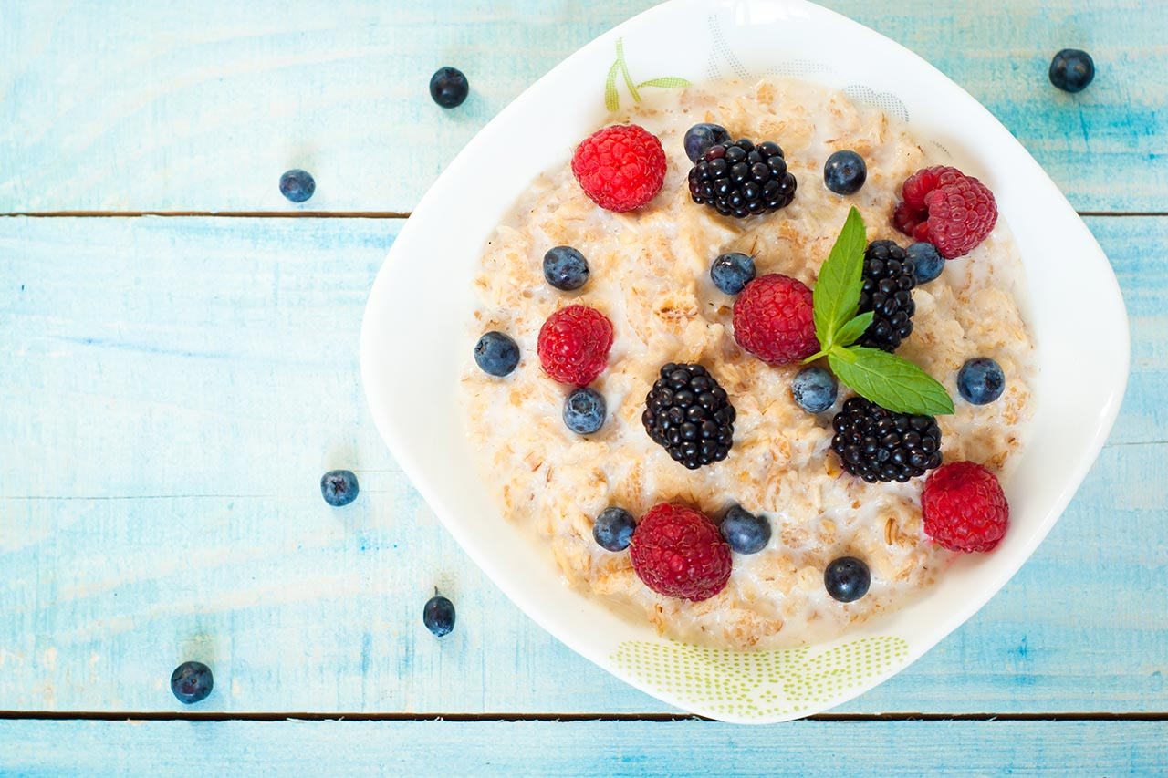 Haferbrei, Beeren, Frühstück, Porridge