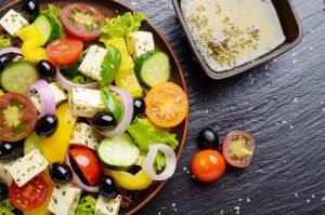 Griechischer Salat mit Schafskäse Rezept